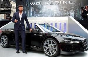 Hugh Jackman im Audi R8 bei Filmpremiere von ?The Wolverine?