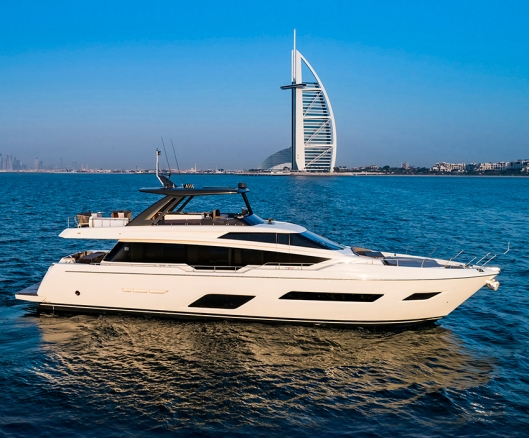 Ferretti Yachts 780 Gulf Première.jpg