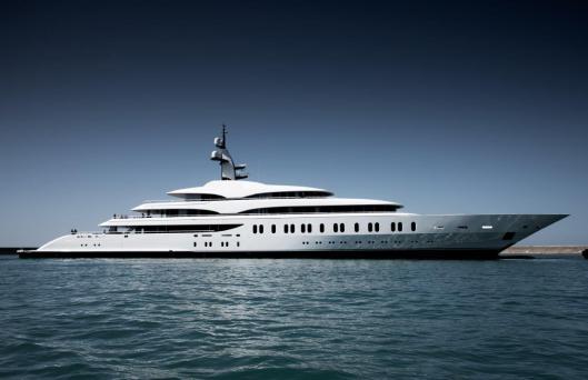 WebRes_Benetti Giga Yacht FB275 (2).jpg
